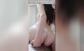 韩国A片,风骚大奶美女主播情色誘惑視頻,完美模特身材火辣脱衣舞直播